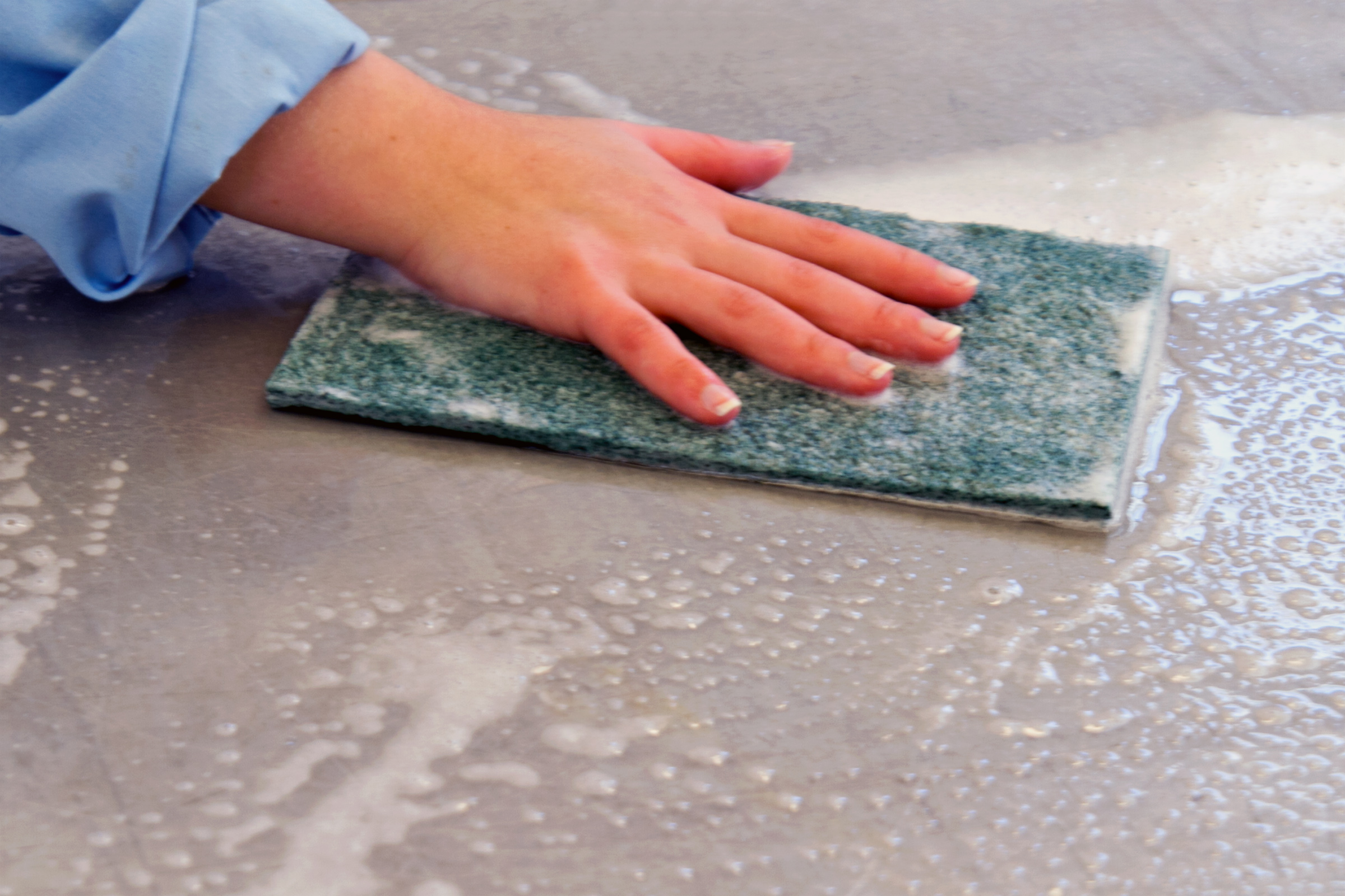 Cleaning Surface before tile removal