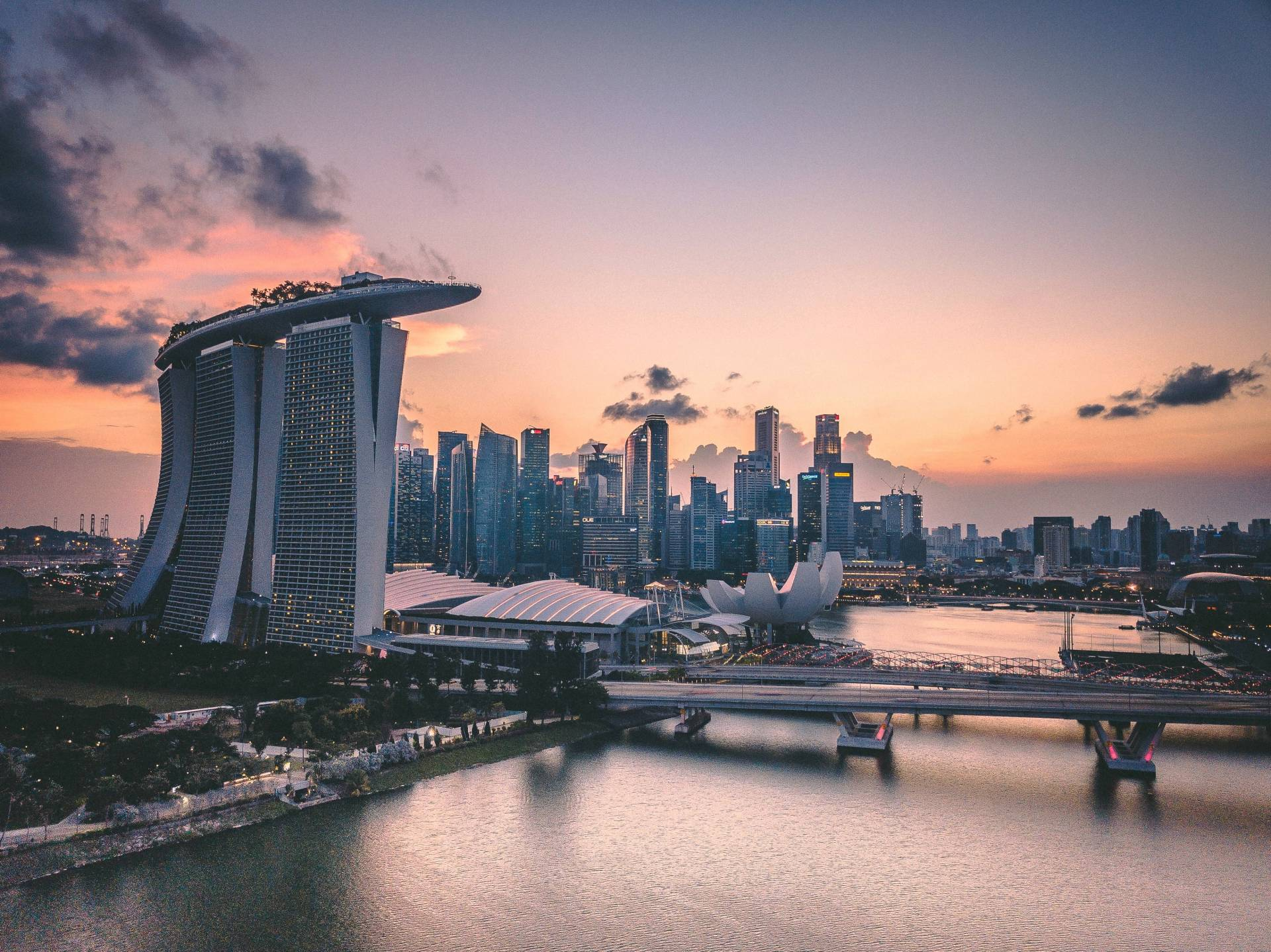 Things You Need to Know Before Moving to Singapore