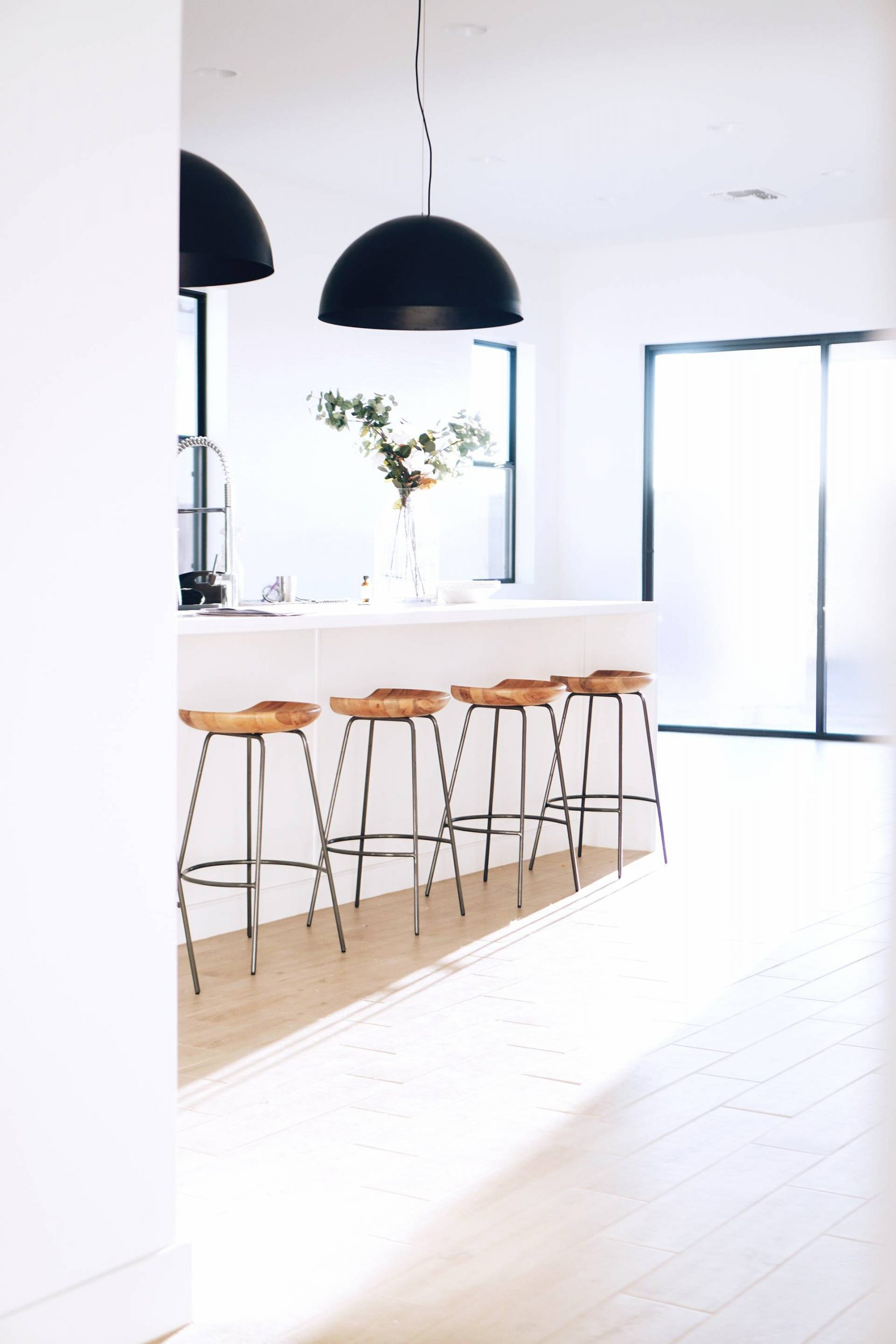 How to bring minimalism into your home
